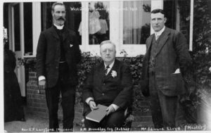 A photo of the 1911 Pageant organisers
